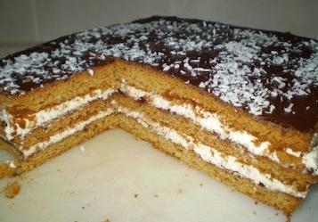 Ciasto miodowe z masą grysikową