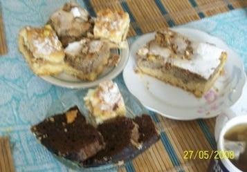 Ciasto wiosenne rabarbarowe z masą orzechową