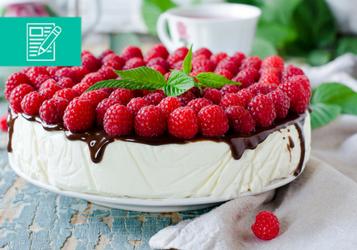 Ciasto na lato – sernik na zimno z owocami