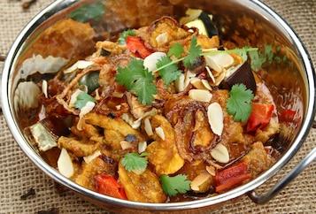 Curry z kurczaka z pieczonym bakłażanem