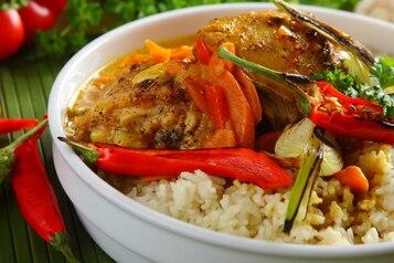 Ćwiartki kurczaka w sosie z curry