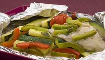 Dorsz w kieszonce z warzywami