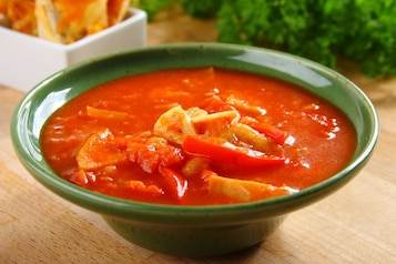 Hiszpańska zupa czosnkowa z grzankami