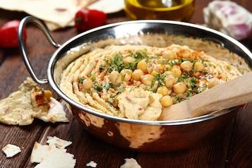 Hummus z wędzoną papryką