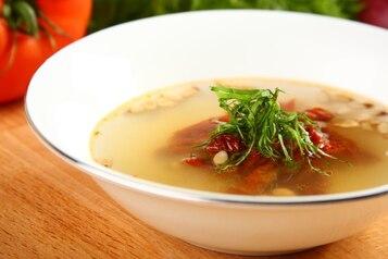 Klarowna zupa pomidorowa