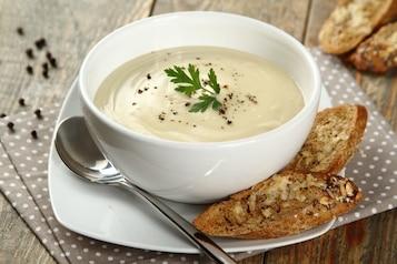 Zupa kalafiorowa [TOP 10 PRZEPISÓW]