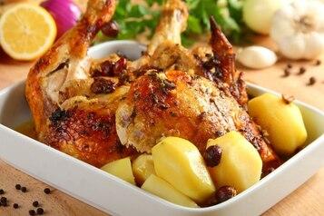 Kurczak pieczony w mleku z orzechami - VIDEO