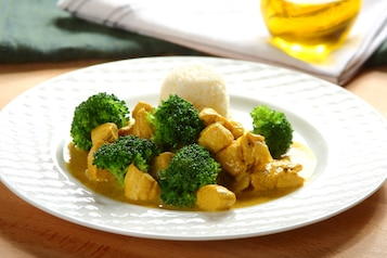 Kurczak curry z brokułami