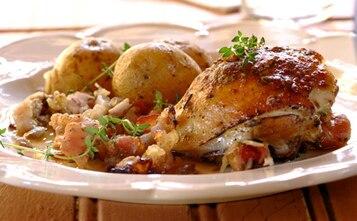 Kurczak z czosnkiem, rozmarynem i ziemniakami