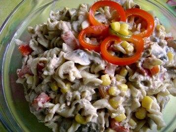 Makaronowa sałatka z tunczykiem