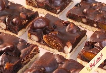 Mazurek czekoladowy z bakaliami
