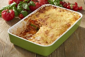 Lazania z mięsem  i warzywami