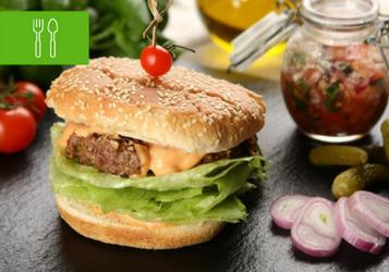 8 przepisów na domowego hamburgera