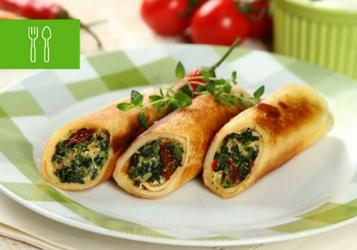 Pełne warzyw dania z patelni