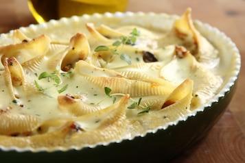 Muszle zapiekane w sosie serowym