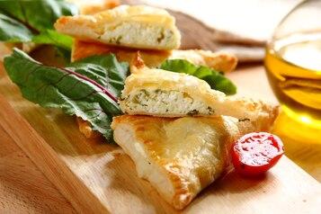 Paszteciki z serem feta