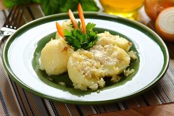 Pyzy z ziemniakami i twarogiem