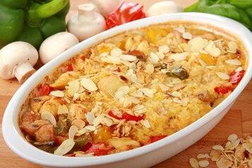 Ryż z migdałami i kurczakiem