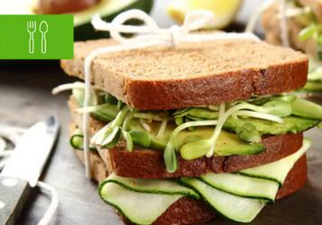8 kanapek doskonałych na piknik