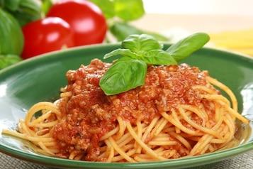 Spaghetti bolognese z warzywami