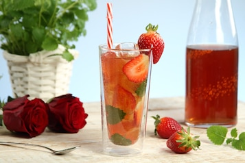 Mrożona herbata z truskawkami – strawberry field