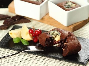 Suflet czekoladowy z serem pleśniowym