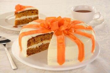 Tort marchewkowo-jabłkowy