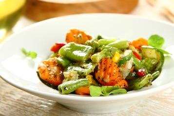 Warzywa z patelni z sosem - VIDEO