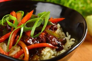 Wołowina z imbirem i warzywami