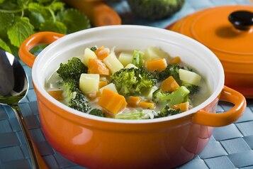 Zupa brokułowa z serkiem