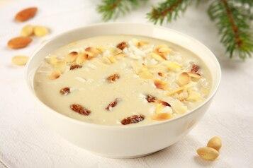 Zupa migdałowa z ryżem