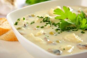 Zupa pieczarkowo – kalafiorowa
