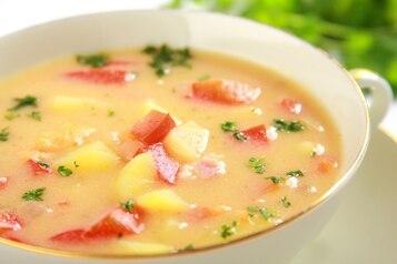 Zupa z papryki i ziemniaków