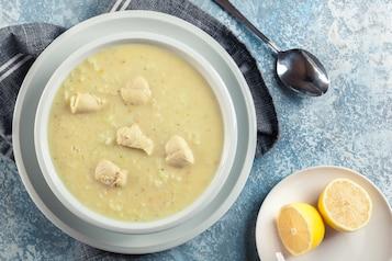 Zupa z kurczaka i cytryny