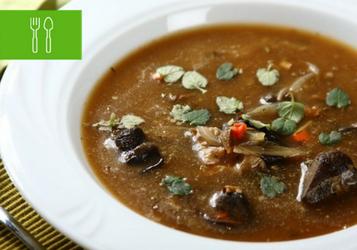 Rozgrzewające zupy z grzybami