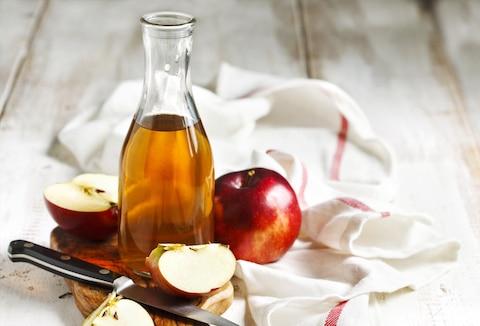 Niedaleko pada… ocet od jabłoni.
