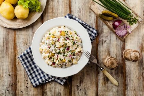 Jakie sałatki przygotować na karnawał?