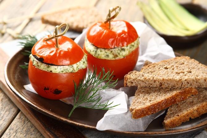 Zapiekane pomidory z białym serem