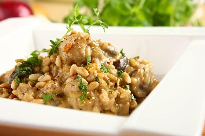 Risotto z grzybami (kurki, prawdziwki, maślaki) i kurczakiem