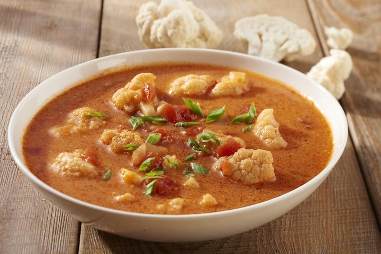 Warzywna zupa z czerwonego curry