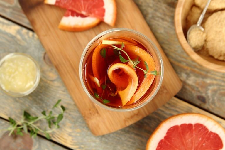 Herbata z grejpfrutem i tymiankiem