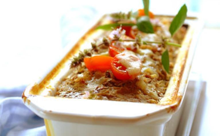 Bochenek mięsny ze słodkimi ziemniakami