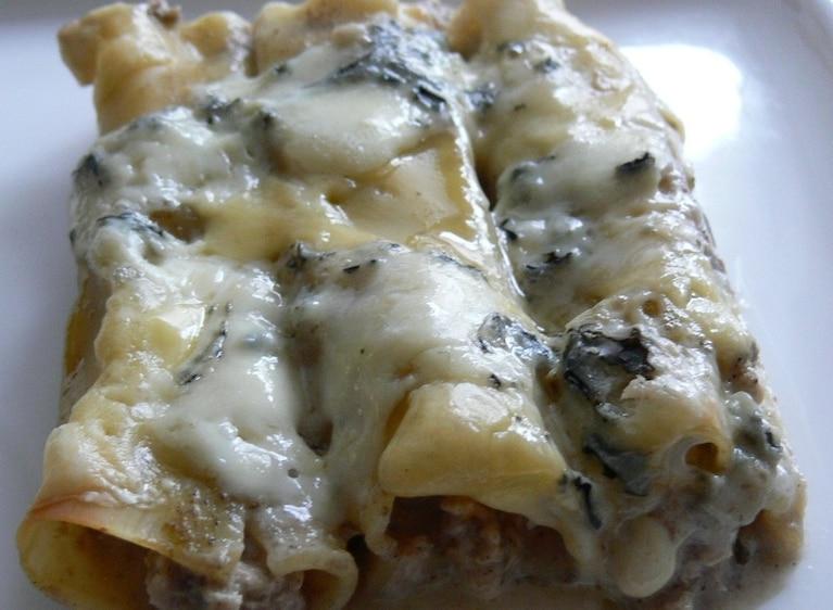 Cannelloni pod niebieską pierzynką