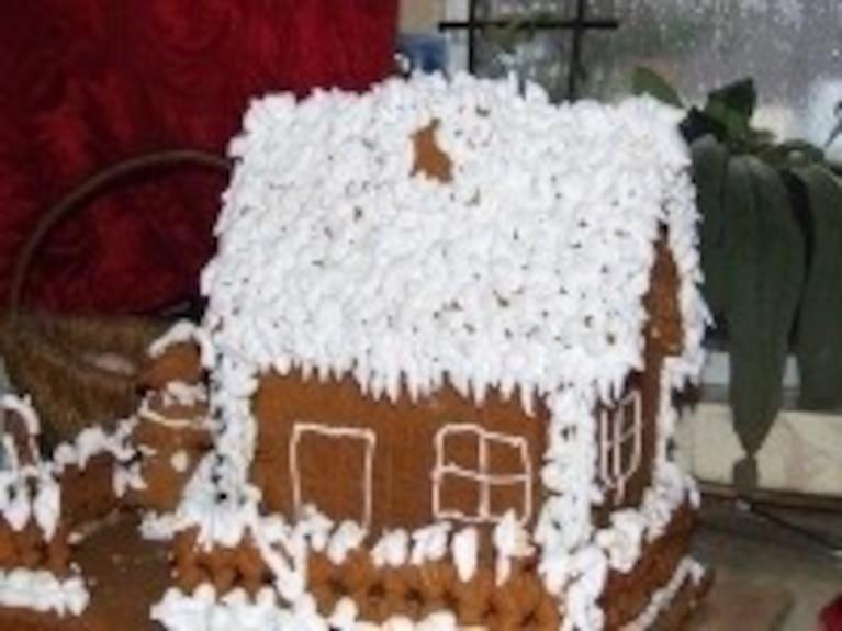 Chatka z piernika i śnieg z ciepłych lodów