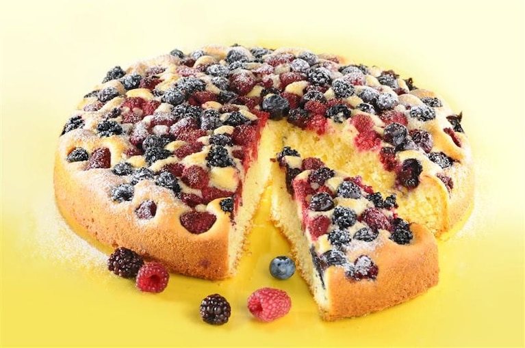 Ciasto z owocami letnimi