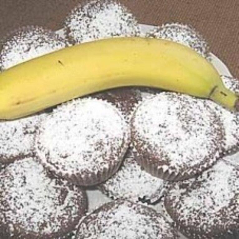 Czekoladowe muffinki z bananami