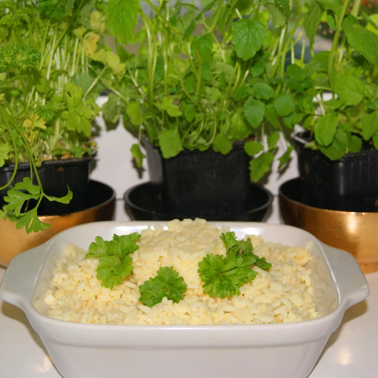 Duszony ryż maślany
