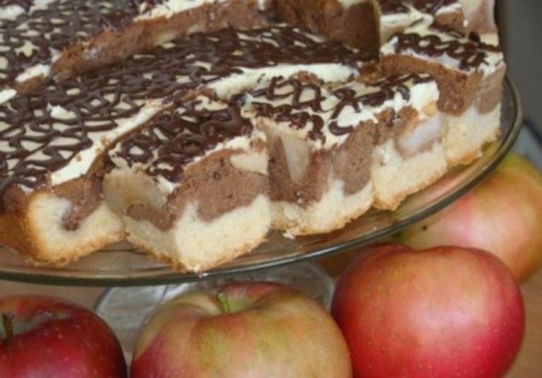 Fale dunaju z jabłkami