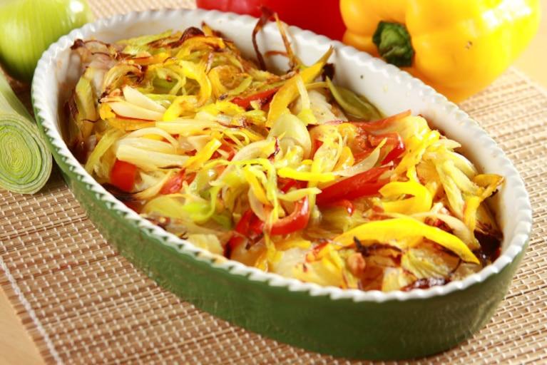 Halibut pieczony z warzywami