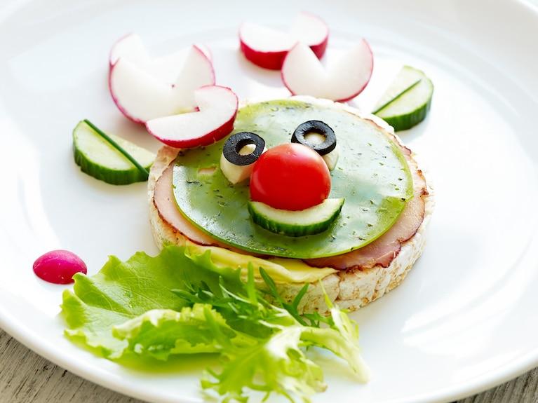 "Kanapka z zielonym serem pesto ""Renifer"""